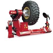 Máy ra vào lốp xe tải Super Vigor 2450